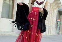 Bohemian-gypsy-hippie-western / Ezeket a ruhákat is hordtam és nagyon kedveltem. Néha  elfelejtem a koromat és viselem a kiegészítőket.