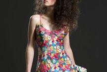 Patterns, floral motifs / Minden virágos, legrégebbi textil minta. Vidámak, szinesek, csodásak.