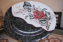 Lourdes Sousa / Pintura em porcelana.