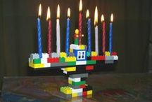 Have a Geeky Holiday / Christmas, Hannukah, and Kwanzaa decorating ideas for all of us geeks, nerds, techs, and computer engineers.