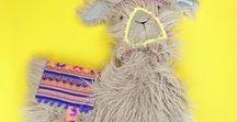 Lamas DIYs & nähen / Das Lama ist das neue Trendtier – hier gibt es viele Ideen für DIYs rund um Lamas und Alpakas.