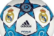 Productos Del Real Madrid / En esta  categoria podras encontrar todos los productos del equipo con mas palmares del mundo, disponemos de camisetas del real madrid, bufandas, equipaciones de futbol real madrid para niños, chandal del real madrid, todo en productos oficiales del real madrid.