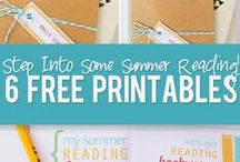 Summer Reading Programs & Tips / Ideas to help prevent the summer slide.  Great ideas to get kids interested in summer reading.