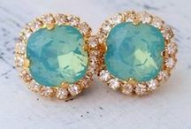Color wedding: Gold & Mint Wedding