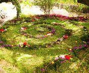 The Spiral Dance: Labyrinthine Meditations