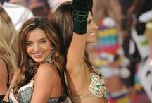 Victoria secret ANGELS / They are all so gorggeous an i LOVE their outfits :'))