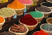 Spices and Herbs / Traveling around the world without leaving my kitchen