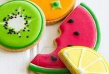 KIDS: food / Maybe you shouldn't play with your food...but you sure should decorate it!