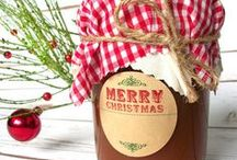 Christmas Canning / Preserved food makes a great Christmas gift! Who wouldn't want canned jams or jellies for a holiday gift? Decorate your Christmas canning recipes in style to make them standout presents. Shop for custom Christmas canning labels at CanningCrafts.com