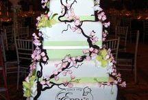 Wedding Fondant Cakes / A collection of our wedding fondant cakes. - EddasCakeDesigns.com