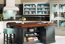 Kitchen Spaces / Whether you're in an apartment in NYC, or at your beach getaway, these gorgeous kitchens are sure to blow you away in looks and practicality.