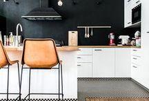 Déco Noir & Blanc / Le noir et blanc, c'est l'essence même du chic en décoration ! Trouvez l'inspiration avec ces intérieurs, et découvrez comment apporter de la modernité à votre salon, à votre salle de bain...