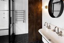 <Bathroom>