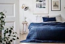 Déco Chambre / Envie de décorer votre chambre ? Trouvez ici l'inspiration pour bien aménager la chambre parentale et fondez pour une déco cocooning, moderne et minimaliste, avec des murs blancs lumineux, une touche de bois naturel et un style scandinave. A moins que vous ne préféreriez une chambre à la déco bohème, pleine de couleurs et de beaux textiles ? Faites le plein d'inspiration !