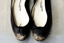 Flats / Essential flats. / by Lisa Hahnel