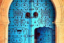 Knock knock... / Beautiful doors and entry ways