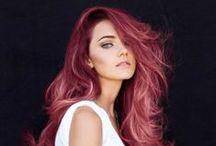Cabelos coloridos / Pra quem enjoou daquele cabelinho básico tradicional, cabelos coloridos para todos os estilos! / by Pense Cosméticos