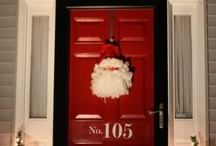Christmas Doors, Wreaths & Decor / by Linda Doemel