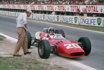 """Formula 1: 1966 year / 1966, F1. В этом году, 21 декабря, состоялась премьера самого величайшего фильма о гонках """"Grand Prix"""", с блистательным Ив Монтана в главной роли. Съемки этой художественной ленты проходили в дни проведения гонок формулы 1, и с участием настоящих гонщиков. Эта доска посвящается всем ценителям произведения Джона Франкенхаймера."""