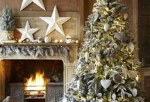 Holiday Cheer / From decor to drinks, our favorites from the Holidays to feel some cheer!