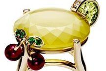 Colour: Luxury Yellows