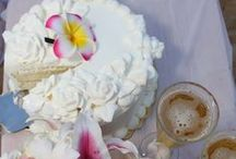 Cakes / Cake ideas for your Maui beach wedding or vow renewals.