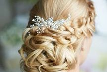 Bridal Do's / Creating a beautiful hair style for your upcoming wedding.