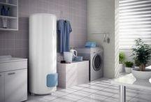 Eau chaude sanitaire / Le Chauffe-eau thermodynamique fabrique de l'eau chaude à partir d'une énergie gratuite : celle de l'air, grâce à son unité Pompe à Chaleur ( PAC ). En consommant un minimum d'électricité, cette unité PAC puise la chaleur de l'air, l'amplifie et la restitue ensuite à l'eau.