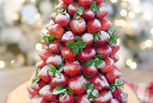 Christmas Desserts and Recipes / The best Christmas desserts and Christmas recipes to make during the holiday season. Easy and delicious ideas to make for the whole family.