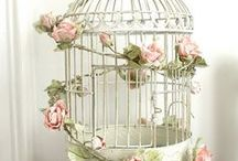 Birdcage Wedding Table Centres / Inspiration for flowery birdcage wedding table centres
