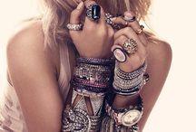 Bejeweled / by Tessalia Serighelli
