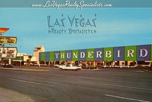 Vintage Vegas Postcards / by Eloff Perez