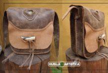 Bolsos y Accesorios  Huella Artistica / 100% Cuero: Bolsos y accesorios totalmente cosido a mano. Creador: Huella Artística. Preguntame los precios.