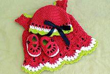 Crochet / Knitting / by Kristy Lowe
