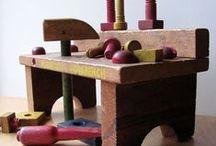 tavolo da lavoro e attrezzi / by Sfera Armillare
