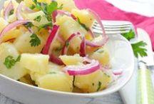 Salata Tarifleri / Her öğlen yemeğinde salatayla buluşmak isteyenin de, salatayı üç ana yemeğin yanında yiyenin de geldiği, çoban salatası ve ton balıklı kinoa salatasının komşu olduğu salata sitesi.