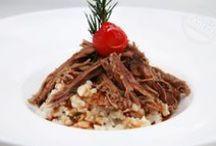 Et Yemekleri Tarifleri / Hamarat ellere, tek başına kültür; tek başına mutfak olan et reyonu.
