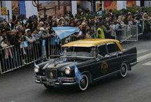 Taxis ( República Argentina ) / Taxis ( Republic Argentina ) / Los taxis son un medio de transporte empleado en varias ciudades de Argentina, en especial en las más grandes. + Info :  https://es.wikipedia.org/wiki/Taxis_en_Argentina
