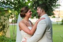 Elizabeth Looney Photography- Nashville Wedding Photographer / Elizabeth Looney Photography is a lifestyle and wedding photographer. She is Based out of Tennessee but definitely willing to travel anywhere to make your day special! Contact her: (615)567-3627