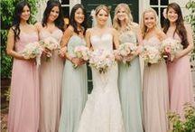 Casamento: Madrinhas / Separei alguns modelos de vestido para madrinha, como fonte de inspiração . Espero que gostem =D Observação: Todas as imagens foram compartilhas no próprio Pinterest.