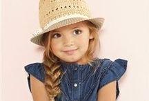 Fatiota Infantil: Menina / Separei algumas sugestões de estampas e modelos de roupa feminina infantil, como fonte de inspiração. Espero que gostem =D Observação: Todas as imagens foram compartilhas no próprio Pinterest.