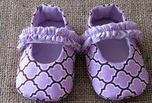Fatiota de Bebê: Menina / Separei algumas sugestões de estampas e modelos de roupa menina bebê, como fonte de inspiração. Espero que gostem =D Observação: Todas as imagens foram compartilhas no próprio Pinterest.