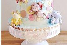 Bolo Decorado: Infantil / Separei alguns bolos com a temática infantil, para servir de inspiração para vocês. Espero que gostem  =D Observação: Todas as imagens foram compartilhas no próprio Pinterest.