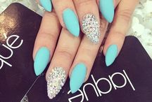 ☆иαιℓ ιт ☆ / Thinking what would be your next manicure..? Well here you'll find different types of nail designs and ideas! ;) / by ❣❥gℓαм qυєєи❥❣
