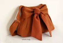 Chic Bags & Purses