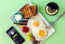 Lunch & Dinner / Avete voglia di qualcosa di sfizioso? Di un panino fuori dall'ordinario o di un'insalata dai sapori decisi? Allora i nostri SANDWICH, SALADS e BAGELS farciti sono la scelta giusta per voi.