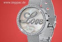 IMPPAC Schmuck, Uhren Online-Shop / Folgt uns und erfahrt, was in Sachen Schmuck und Uhren im Trend liegt. Wir informieren euch über aktuelle Aktionen! Imppac - euer Onlineshop für Schmuck, Uhren und Accessoires http://www.imppac.de