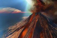 Vulkaner / Vulkaner er fascinerende. En vulkan er en åbning eller sprække i jordoverfladen der tillader varm, smeltet bjergart (magma), aske og gasser at undvige til overfladen fra dybe niveauer under overfladen.