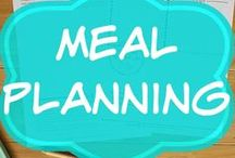 Meal Planning / meal planning tips and tricks | simple ideas | clean eating | families | saving money | groceries budget | food shopping | heathy dinners | weekly menu | food prep | menu plans | shopping lists | printable planner | freezer cooking | crock pot | slow cooker