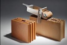 Ons gamma binnenmuurstenen Notre gamme de blocs céramiques pour murs intérieurs